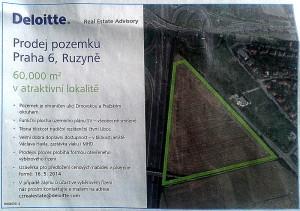 Popisek: Inzerát nabízejí pozemek zahrnující i tu část, kde má stát nové obchodní centrum - Hospodářské noviny, 16. 4. 2014